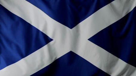 999369173-drapeau-ecossais-flotter-battre-des-ailes-croix-idea